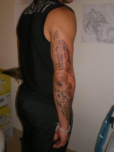 Tatouage djibril ciss tatouage ailes d 39 ange dans le dos tatouages - Tatouage ailes dans le dos ...